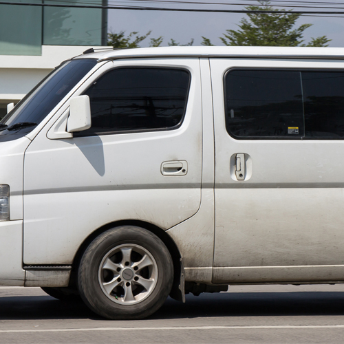 10 seater commercial bus