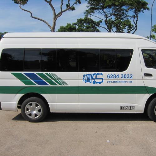 13 seater excursion bus